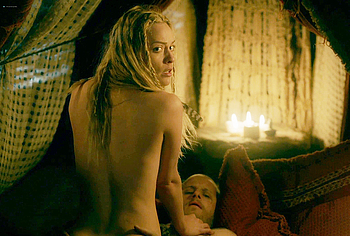 Lucy Martin naked sex