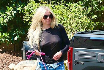 Avril Lavigne see through