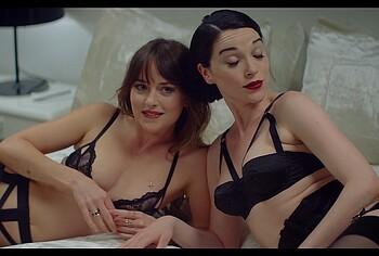 Dakota Johnson lesbian sex