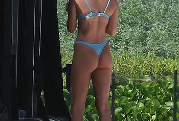 Shanina Shaik butt