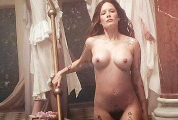 Halsey nude hairy pussy