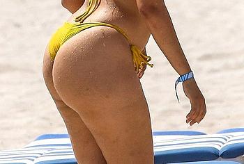 Camila Cabello big ass photos
