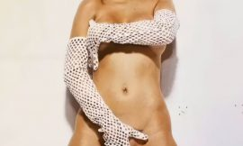Christina Aguilera Nude And Covering Her Pussy & Tits