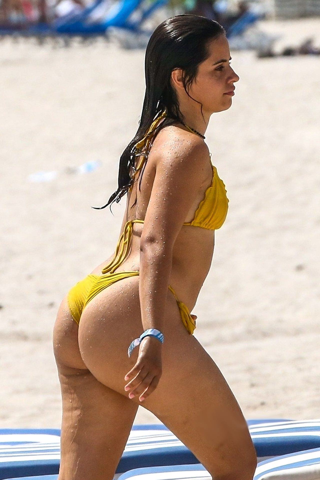 You are currently viewing Camila Cabello Exposing Big Butt In Wet Bikini On A Beach